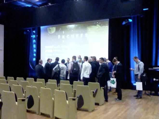 Fx Cuffs - zdjęcie z konferencji