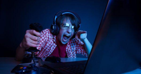 Jak zarabiać na grach komputerowych ? - fundusz gamingowy ETF