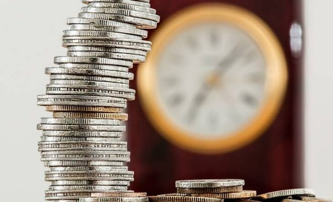 Noworoczne postanowienie oszczędzać na IKE i IKZE bez obciążania budżetu
